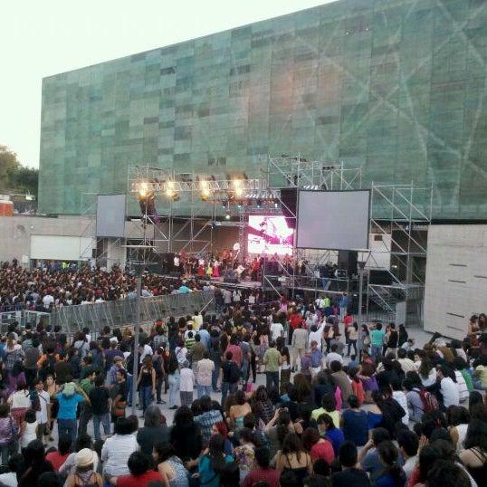 Foto diambil di Museo de la Memoria y los Derechos Humanos oleh Jorge K. pada 12/10/2011