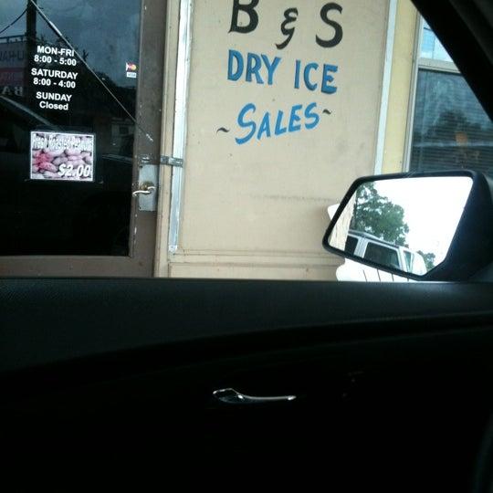 Car Rental Lafayette La >> Photos At B S Dry Ice Sales Uhaul Rental Lafayette La