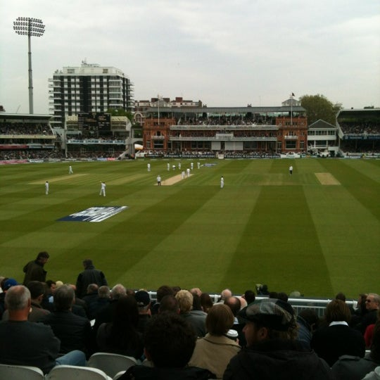 Foto tomada en Lord's Cricket Ground (MCC)  por Richard D. el 5/18/2012