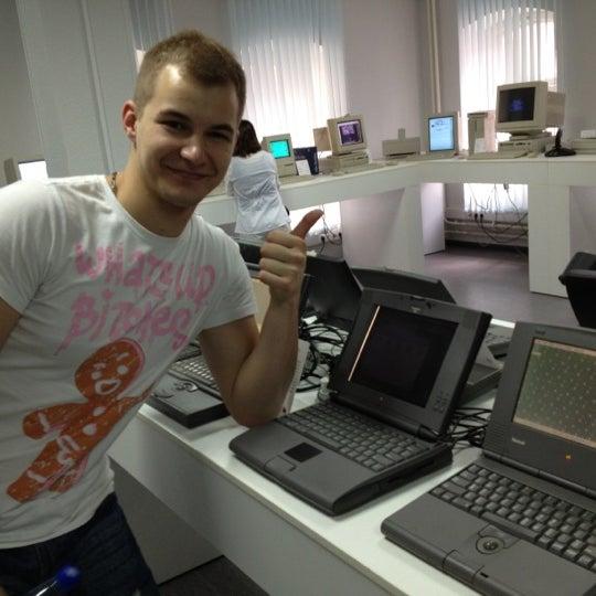 7/4/2012에 Denis Z.님이 Moscow Apple Museum에서 찍은 사진