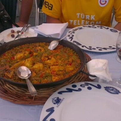 Das Foto wurde bei Restaurante Salamanca von Nusret B. am 6/28/2012 aufgenommen