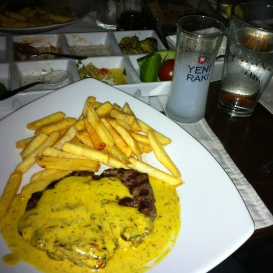 Foto scattata a Zoe da Sedat B. il 1/7/2012