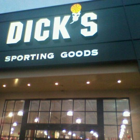 ea0ff4fe5 DICK S Sporting Goods - Loja de Artigos Esportivos em Millenia