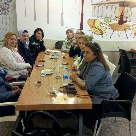 Foto diambil di Altinok Unlu Mamuller oleh Barbaros Y. pada 4/12/2012