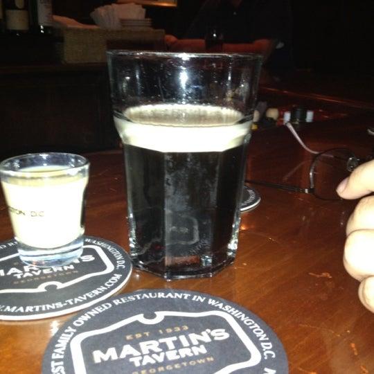 Foto tomada en Martin's Tavern por Cr R. el 3/24/2012