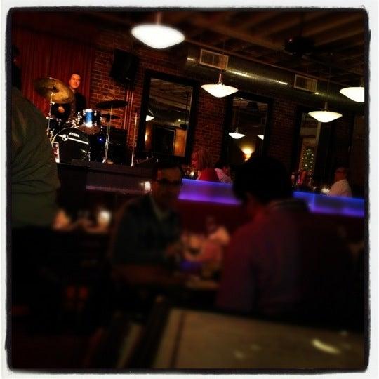2/15/2012にMichael D.がLes Zygomates Wine Bar Bistroで撮った写真