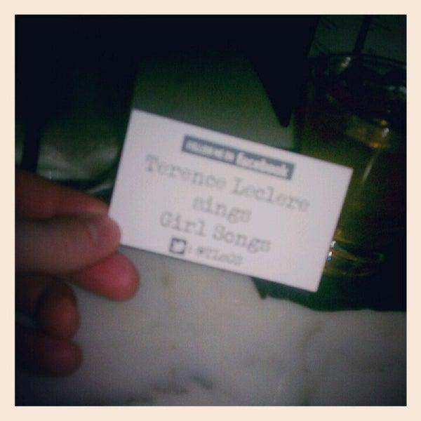 8/9/2012에 terence l.님이 Salvage Bar & Lounge에서 찍은 사진