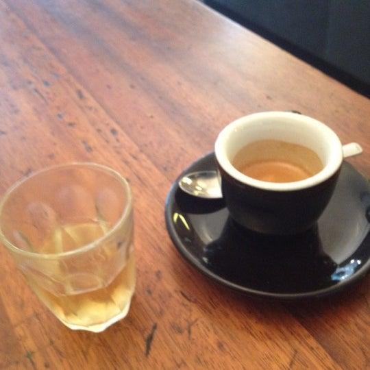 Photo prise au Kaffeine par Snoxishere le6/27/2012