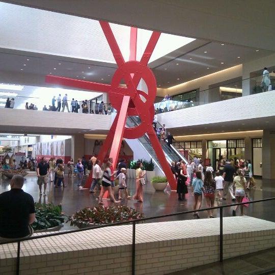 8/7/2011 tarihinde Tony P.ziyaretçi tarafından NorthPark Center'de çekilen fotoğraf