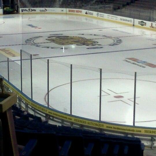 5/4/2012 tarihinde Tiffanyziyaretçi tarafından Northlands Coliseum'de çekilen fotoğraf