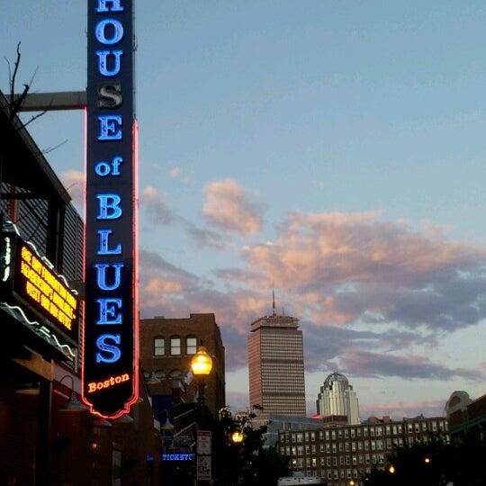 Foto diambil di House of Blues oleh Bill B. pada 6/24/2012