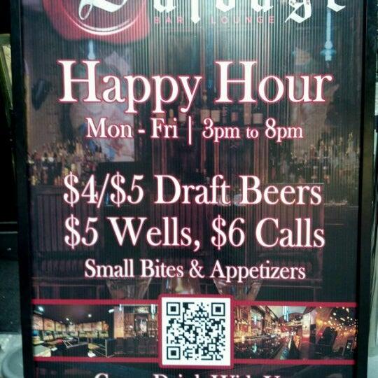 5/7/2012에 Sean D.님이 Salvage Bar & Lounge에서 찍은 사진