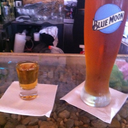 Das Foto wurde bei Vodou Bar von Paul B. am 6/19/2012 aufgenommen
