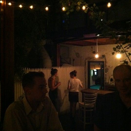 9/8/2012 tarihinde Suzi W.ziyaretçi tarafından Apartment 138'de çekilen fotoğraf