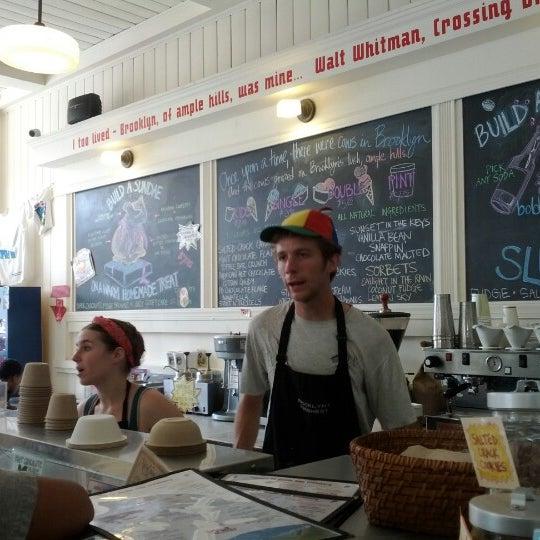 6/30/2012にTonton F.がAmple Hills Creameryで撮った写真