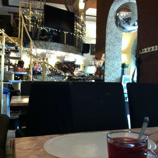 รูปภาพถ่ายที่ Café Bon Apрétit โดย Лизаветий เมื่อ 7/7/2012