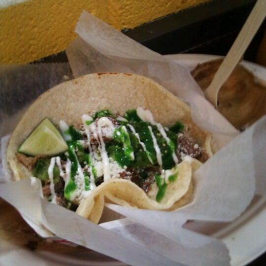 Снимок сделан в Brooklyn Taco Company пользователем Michael-Zero 3/20/2012