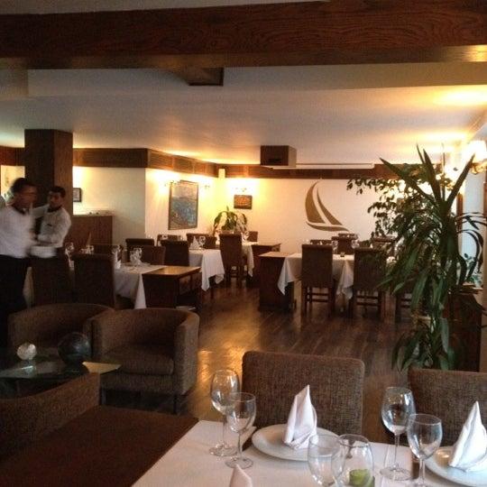 Foto diambil di Yelken Restaurant oleh ChivasRegallll pada 8/24/2012