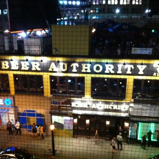 Foto diambil di Beer Authority NYC oleh Kory pada 8/28/2012