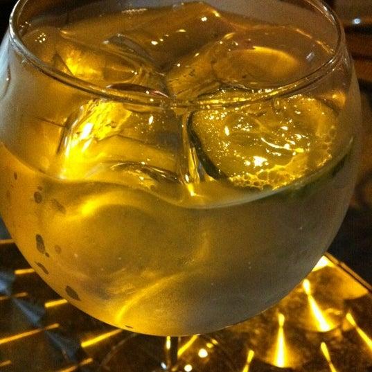 Foto tirada no(a) Bar Zarauz por Violeta A. em 6/16/2012