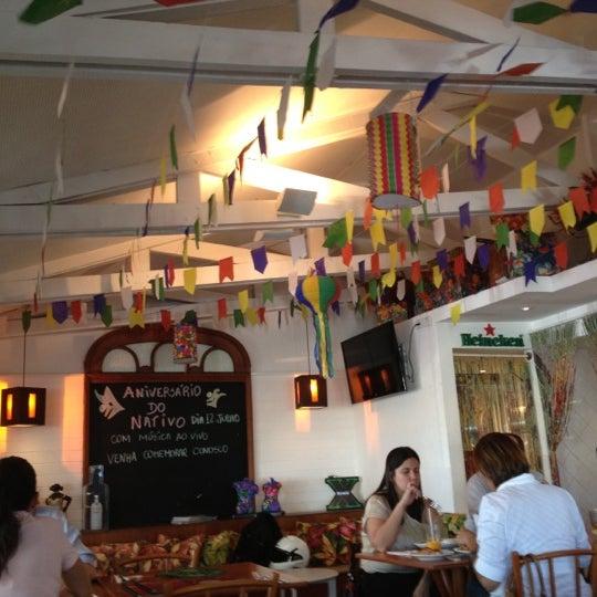 Foto tirada no(a) Nativo Bar e Restaurante por Carla M. em 7/2/2012