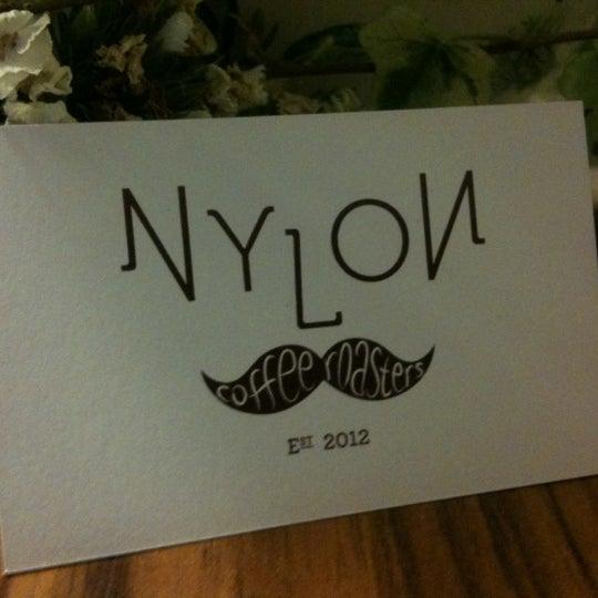 5/6/2012にMyke L.がNylon Coffee Roastersで撮った写真