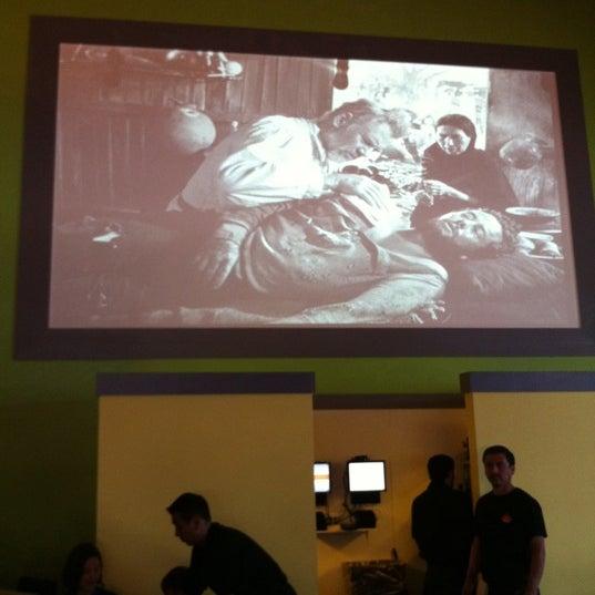 รูปภาพถ่ายที่ El Real Tex-Mex Cafe โดย Sheryl เมื่อ 4/19/2011