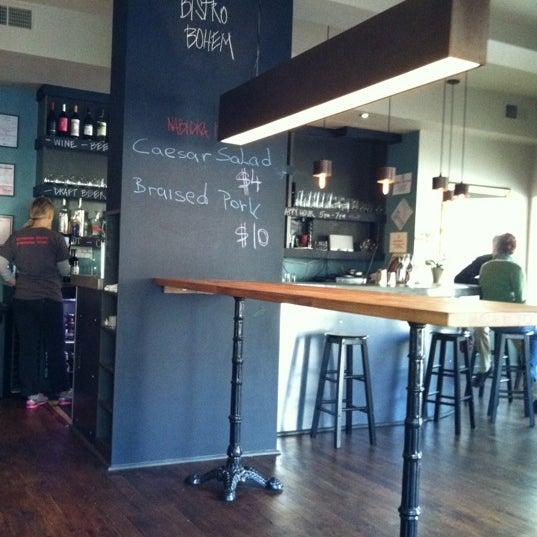 Photo prise au Bistro Bohem par Todd H. le3/25/2012