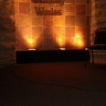 10/22/2011 tarihinde Scott S.ziyaretçi tarafından Comedy Works Downtown in Larimer Square'de çekilen fotoğraf
