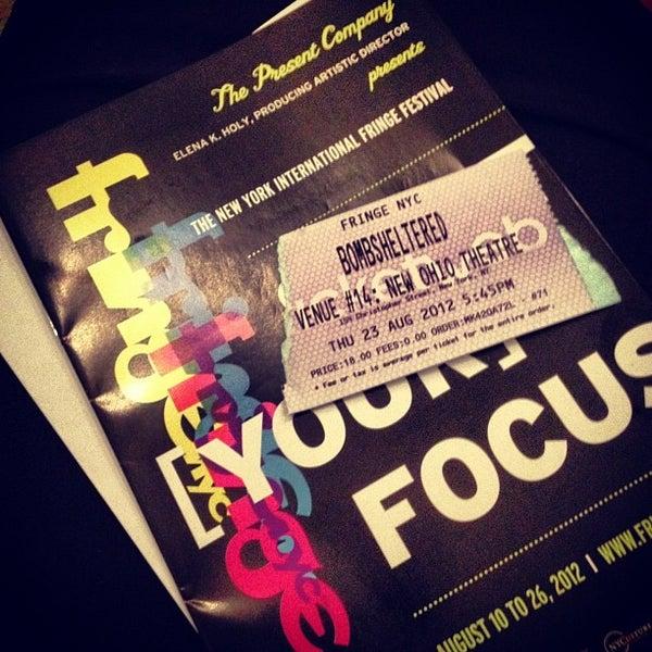 Das Foto wurde bei New Ohio Theatre von Lisa Marie Phoenix J. am 8/23/2012 aufgenommen