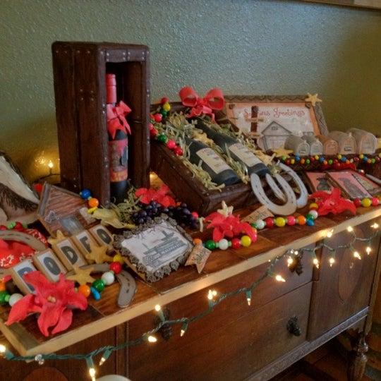 Das Foto wurde bei Larson Family Winery von Robin F. am 12/29/2011 aufgenommen