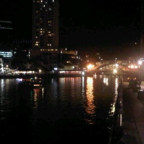 Foto diambil di Singapore River oleh Ferdaus M. pada 7/8/2012