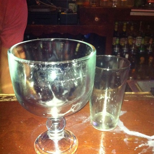 รูปภาพถ่ายที่ Lottie's Pub โดย J T T. เมื่อ 8/18/2011