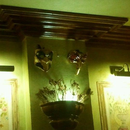 รูปภาพถ่ายที่ La Parmigiana โดย Luis F. เมื่อ 4/9/2012