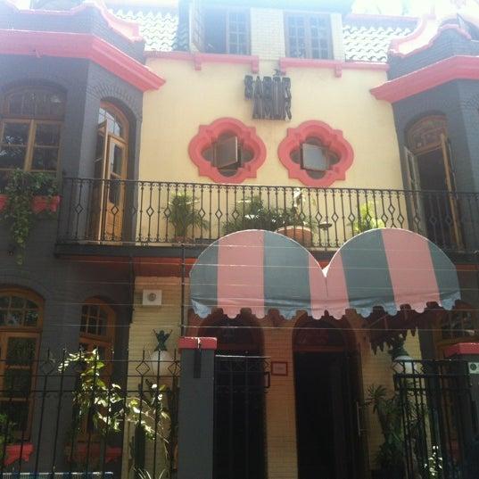 Das Foto wurde bei Sabor Amor von Brenda R. am 5/2/2012 aufgenommen