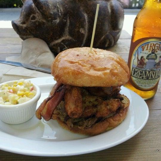 6/16/2012にZoon M.がCarnitas' Snack Shackで撮った写真