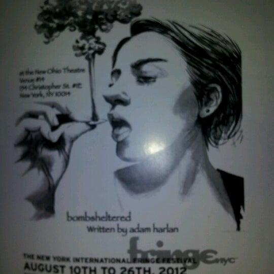 Das Foto wurde bei New Ohio Theatre von Gabrielle N. am 8/22/2012 aufgenommen