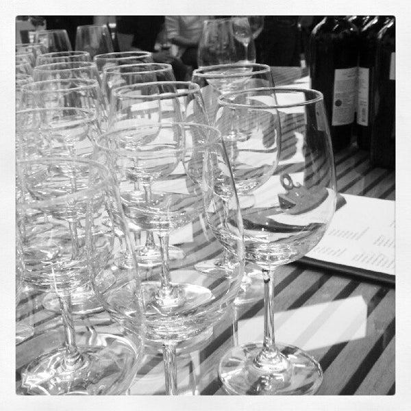 Foto diambil di Wine By The Bay oleh @antjphotog pada 5/16/2012