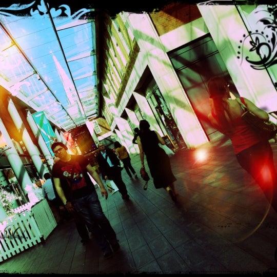 Foto tomada en Old Spitalfields Market por Djaia el 8/17/2012