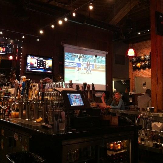 Photo prise au Pete's Tavern par Phillip K. le4/23/2012