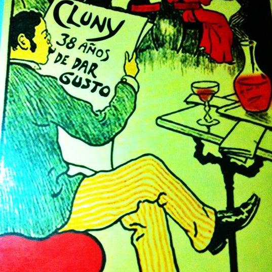 Снимок сделан в Cluny пользователем DiegoCL 6/9/2012