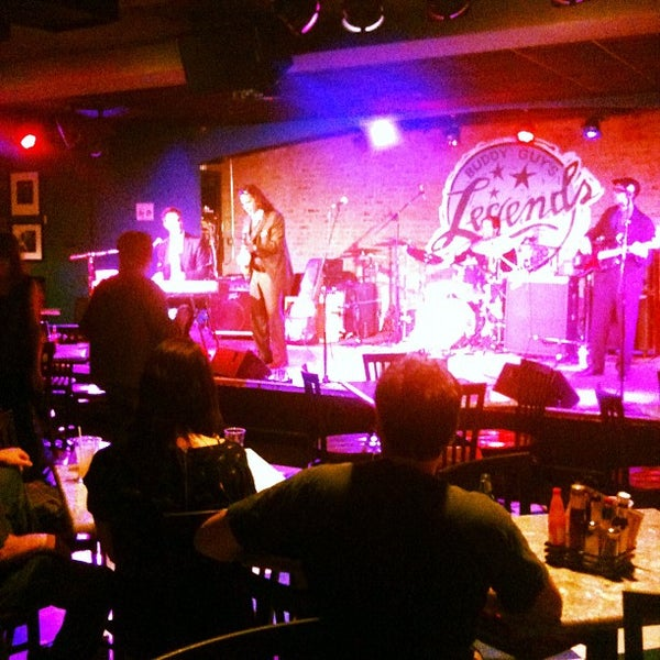 Foto tirada no(a) Buddy Guy's Legends por Greg A. em 6/8/2012