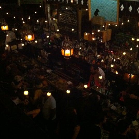 Photo prise au Lulu's par Carmen R. le9/9/2012