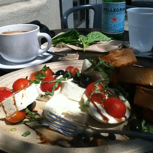 8/7/2012 tarihinde Brenna O.ziyaretçi tarafından Pappalecco'de çekilen fotoğraf