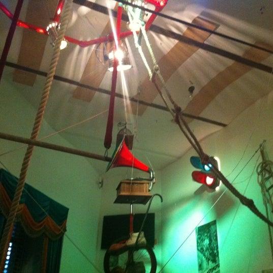 Снимок сделан в Музей граммофонов и фонографов В.И.Дерябкина пользователем Натали Н. 7/24/2012