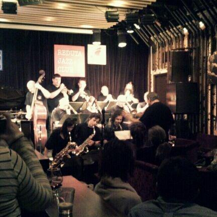 Foto tomada en Reduta Jazz Club por Bomyi J. el 12/3/2011