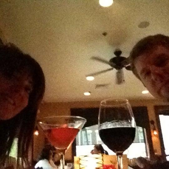 4/18/2012にBella D.がAmelia's Bistroで撮った写真