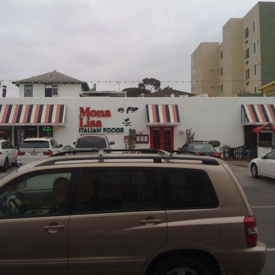 Das Foto wurde bei Mona Lisa Italian Restaurant von Victor S. am 2/26/2012 aufgenommen