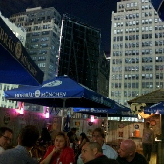 Foto diambil di Beer Authority NYC oleh George A. pada 9/10/2012