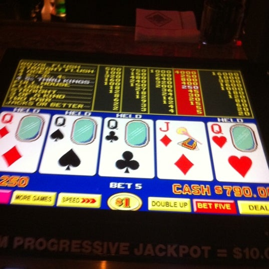 Foto scattata a Eldorado Resort Casino da Ondi A. il 8/10/2011